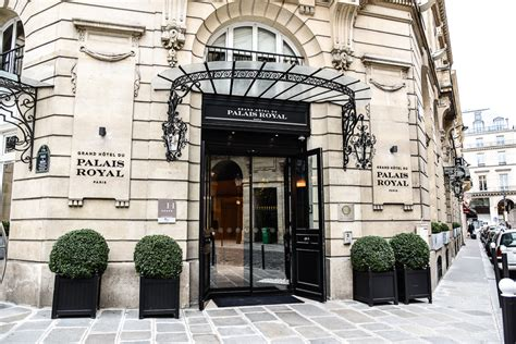 hotel royal parigi a chic stay at grand h 244 tel du palais royal