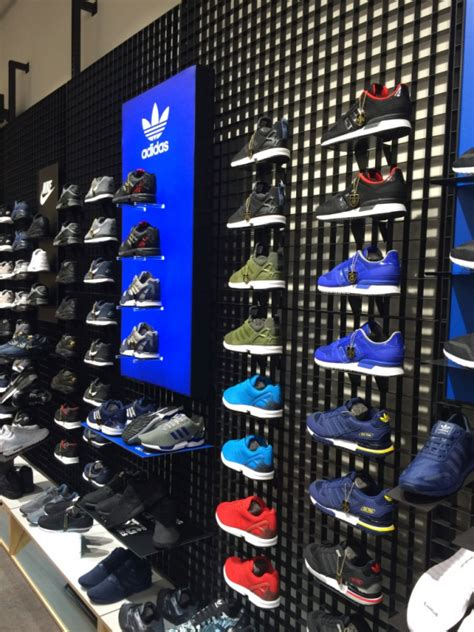 scarpe e scarpe porte di catania jd sports arriva a catania coolfashionstyle it