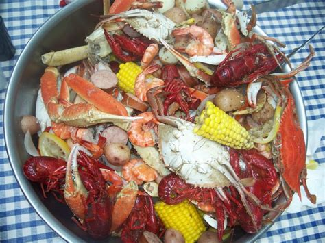 low country boil crawfish blue crab whole snow crab