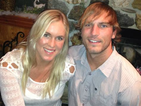 Lived Marriage For Lost by Surfer Shark Attack Survivor Bethany Hamilton Gets