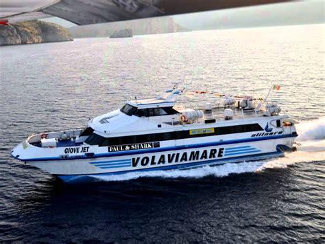aliscafo napoli ischia porto aumentano aliscafi e traghetti per ischia e procida