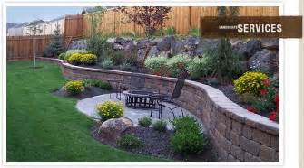 retaining wall in backyard backyard landscaping along fence landscaping outdoor
