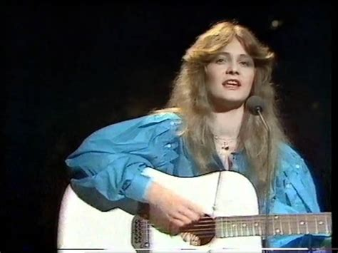 best view song r m r m eurovision song contest winner 1982