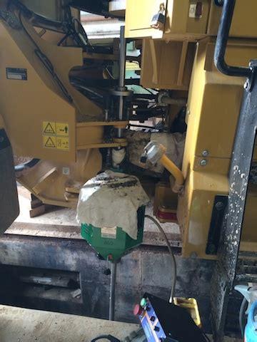len reparatur reparatur der lenkzylinderanbindung an einem radlader