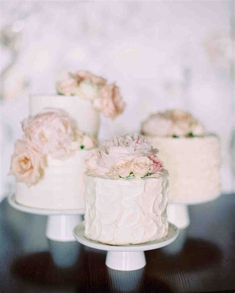 Small Wedding Cakes by 52 Small Wedding Cakes With A Big Presence Martha