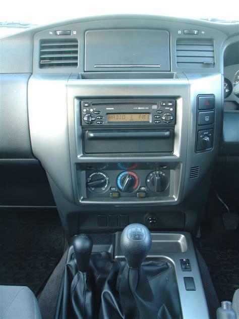 nissan patrol 1990 interior nissan patrol station wagon 1998 2009 rivals parkers