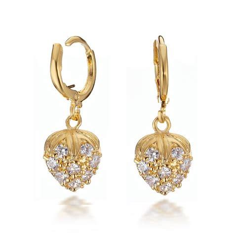 wallpaper of gold earring earring designs wallpapers 4 earring designs wallpapers