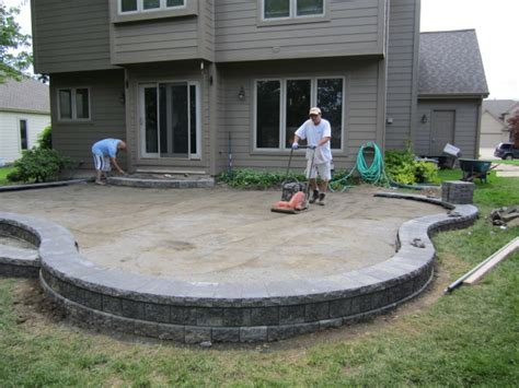 Brick Pavers Canton Plymouth Northville Ann Arbor Patio How To Build A Raised Paver Patio
