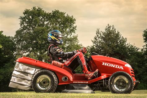 Schnellstes Auto Der Welt England by Honda Baut Den Schnellsten Rasenm 228 Her Der Welt Heise Autos