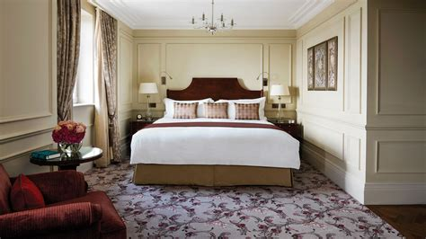 a room hotel at a glance luxury hotel the langham