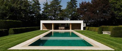 Zwembad Laten Bouwen een zwembad bouwen of laten bouwen door willy naessens