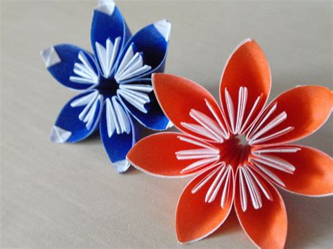 Simple Origami Flowers - simple origami flowers by revenia on deviantart