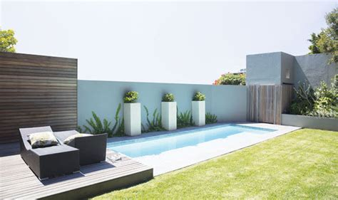 how to design your own backyard alan titchmarsh on designing your own stylish garden