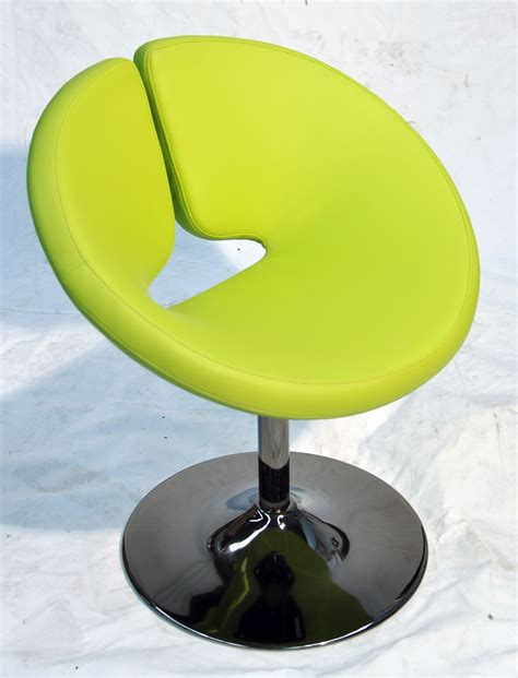 Donut Chair by Donut Salon Chair