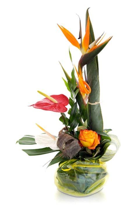 fiori sterlizie composizione con anthurium e sterlizie spedizione