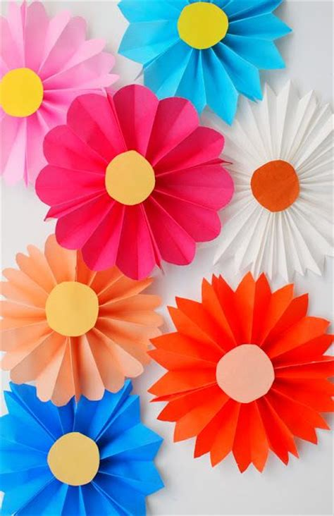 Www Paper Flowers - accordion folded flowers origami paper origami and flower