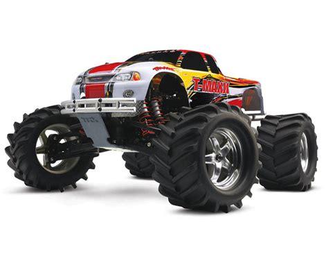 nitro monster truck 4wd traxxas t maxx 2 5 4wd rtr nitro monster truck forward