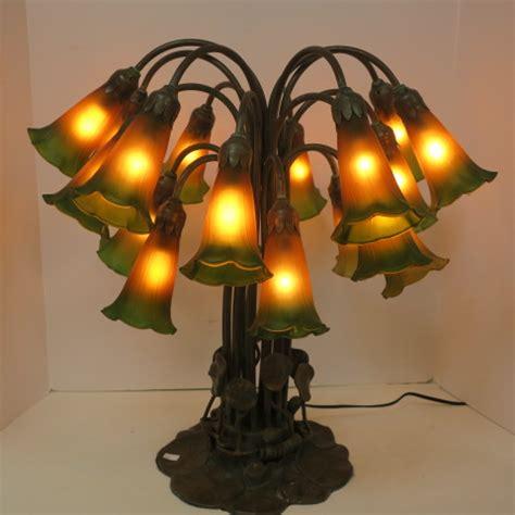 tiffany style  light lily lamp