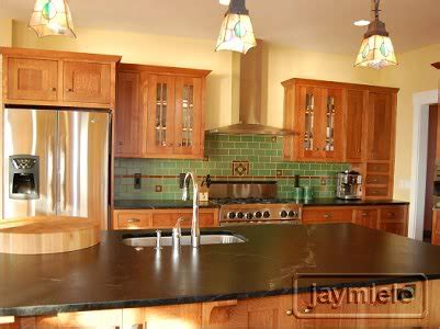 oak kitchen cabinets best home decoration world class small horseshoe shaped kitchen with oak cabinets and