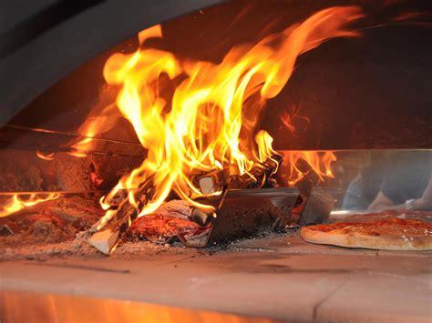 forno a legna in casa ricetta pizza nel forno a legna vivalafocaccia le