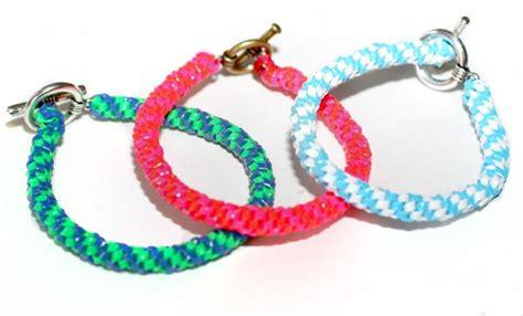 making a gimp bracelet 1000 ideas about gimp bracelets on pinterest rainbow