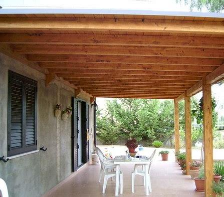 costruire una tettoia come costruire una tettoia in legno donna moderna