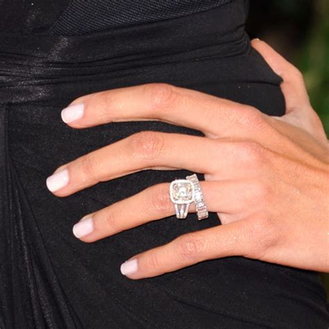 giuliana rancic see manicures from the golden globes