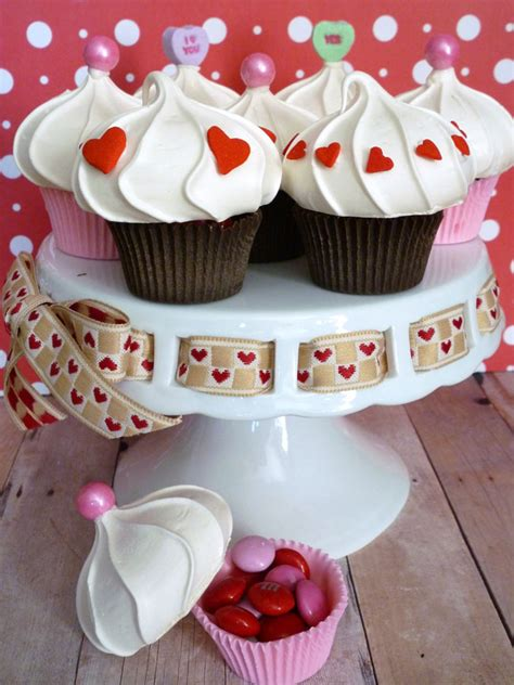 valentines day cupcake boxes edible cupcake favor boxes for s day chickabug