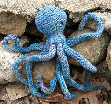 knitted octopus acht the octopus knitting pattern by henry