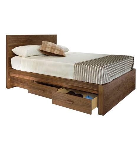 cama con cajones abajo camas con cajones para aprovechar el espacio de tu habitaci 243 n