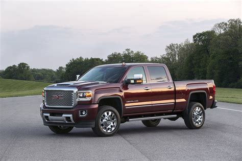 is a gmc a chevy 2017 gmc denali 2500hd picture 678251 truck
