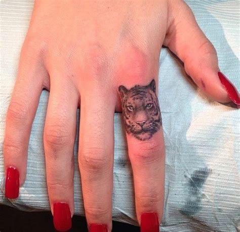 tiger finger tattoo tiger finger designs ideas and meaning tattoos