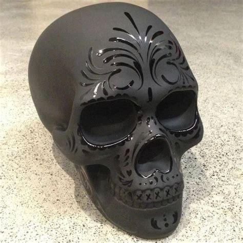 Plastik Dollar cool idea paint dollar tree plastic skull chalk black or
