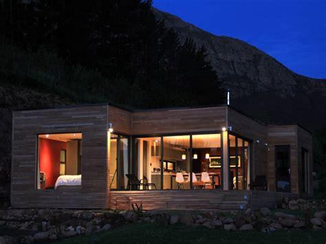 green design homes ecomo homes modular compact solar powered prefabs