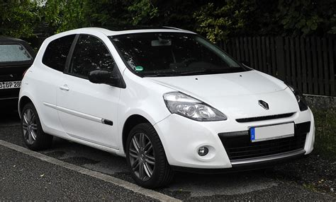 renault clio 2011 2011 renault clio iii pictures information and specs