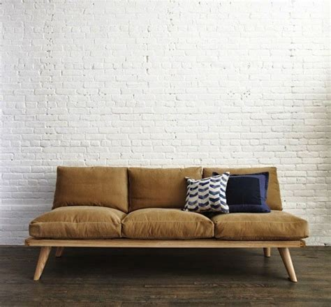 Diy Sofa by 25 Best Ideas About Diy Sofa On Diy