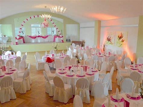 Hochzeitsdeko Gold Weiß by Hochzeits Saal Deko Execid
