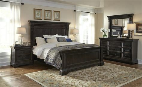 pulaski king bedroom set pulaski caldwell panel bedroom set in dark wood