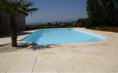 carrelage terrasse piscine pas cher 2420 dalle et margelle de piscine carrelage exterieur et dalle