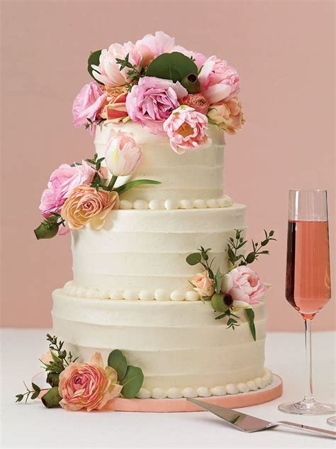 Wedding Cake Fresh Flowers by 25 Prettiest Wedding Cakes We Ve Seen