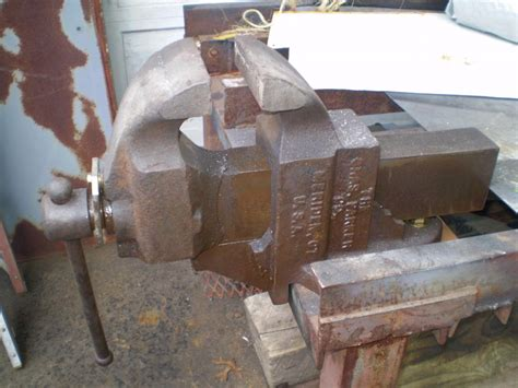 picture of bench vice old style bench vise bing images
