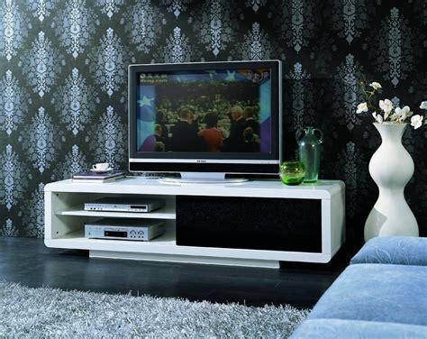 White high gloss tv unit   Homegenies