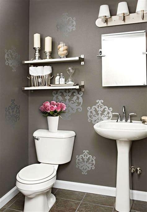 downstairs bedroom add value best 25 silver bathroom ideas on pinterest silver wallpaper powder