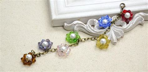 how to make a flower bead bracelet how to make a beaded flower charm bracelet with