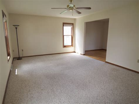 ideas for empty space in living room utuy design empty living room space