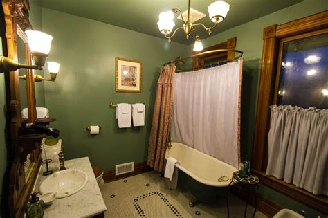 columbia room columbia room swantown inn spa