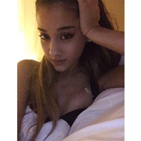 selfie in bed ariana grande took a selfie in bed celebrity social