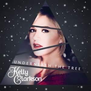 subscene kelly clarkson underneath the tree english