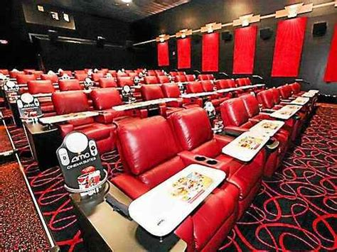 movie theaters recliners dinner a movie a scrumptious idea at painter s crossing