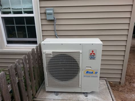 mini split systems 4 benefits of a ductless mini split system richair